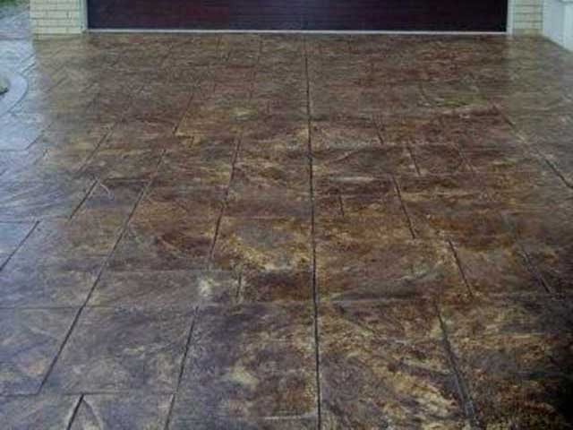 Ashlar Stone Sandstone and Dark Brown